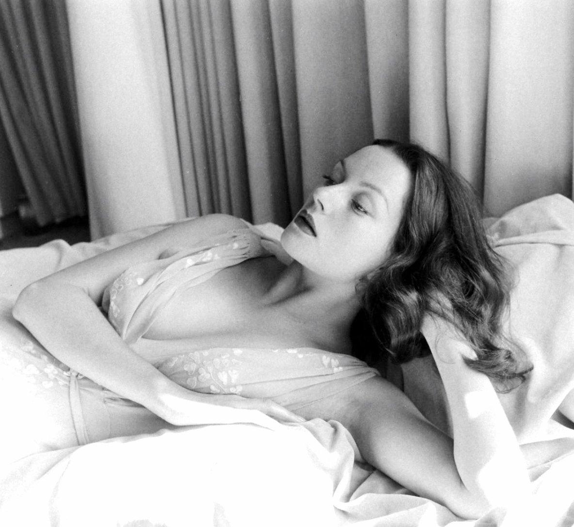 Raquel Cassidy (born 1968),Leanna Brodie Erotic archive Maheen Rizvi,Lisa Ann Walter