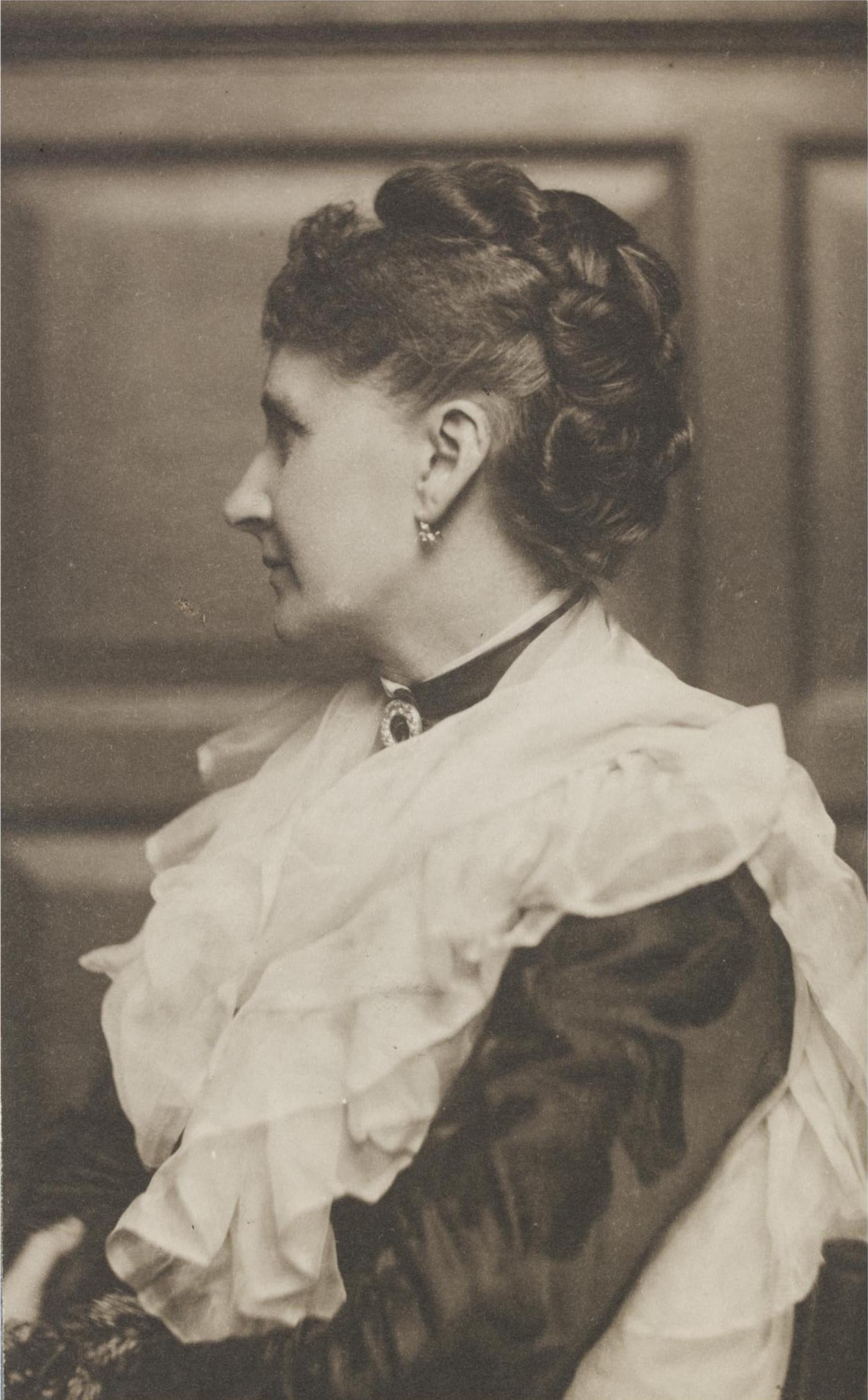 Countess Edith Lytton, ca. 1890 – costume cocktail